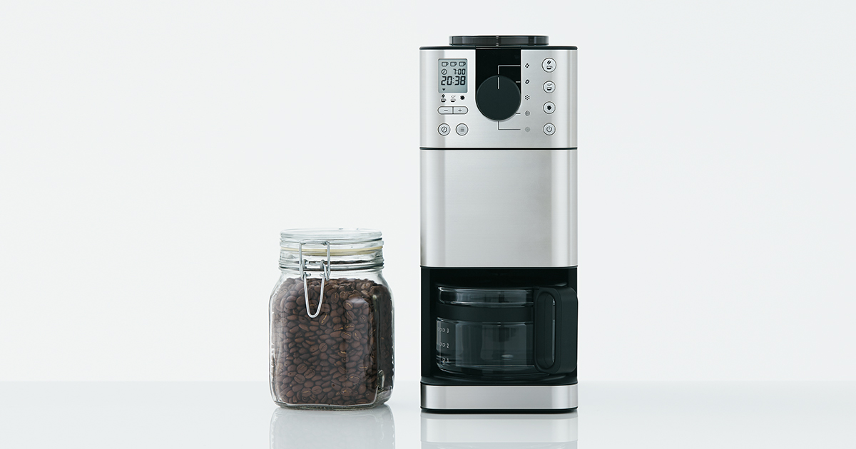 スペースをそれなりに確保しないと、コーヒーメーカーは設置できません。これは購入前にチェックしておくべきポイントです。見た目がスリムなので、場所を取らずに  ...