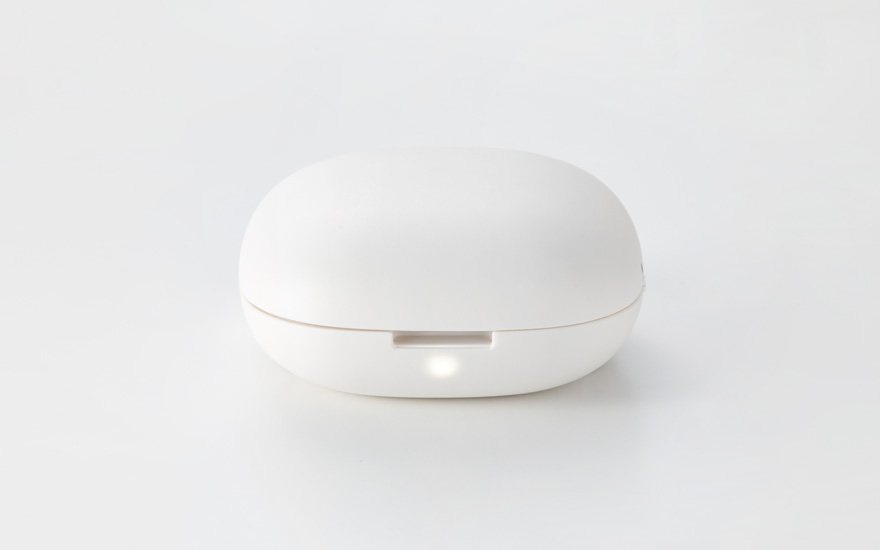 keep the aroma wafting near you portable aroma diffuser. Black Bedroom Furniture Sets. Home Design Ideas