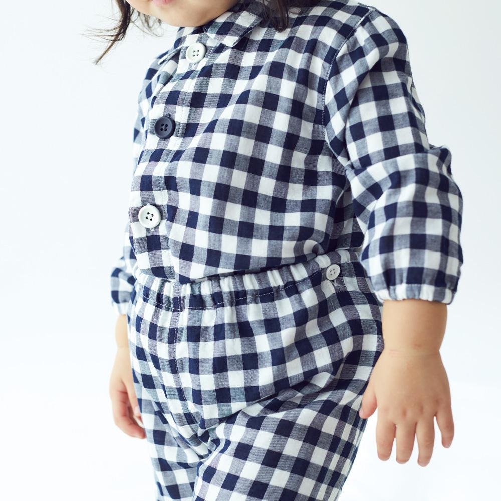 脇に縫い目のない接結パジャマ