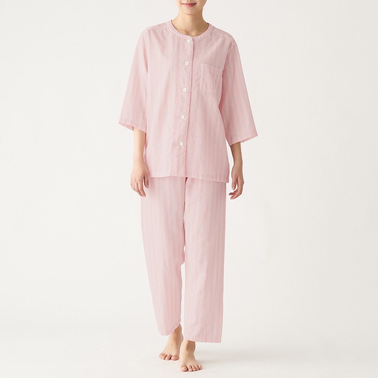 無印良品 『脇に縫い目のない 細番手二重ガーゼ七分袖パジャマ』