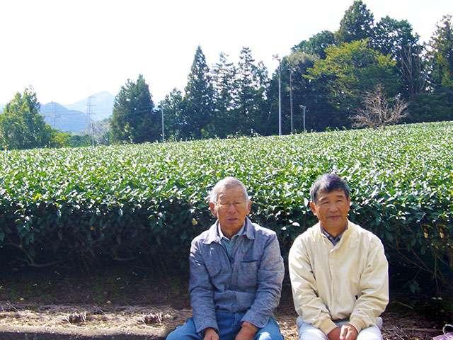 供給者画像:生産者名 廣地製茶 廣地正行さん(左)