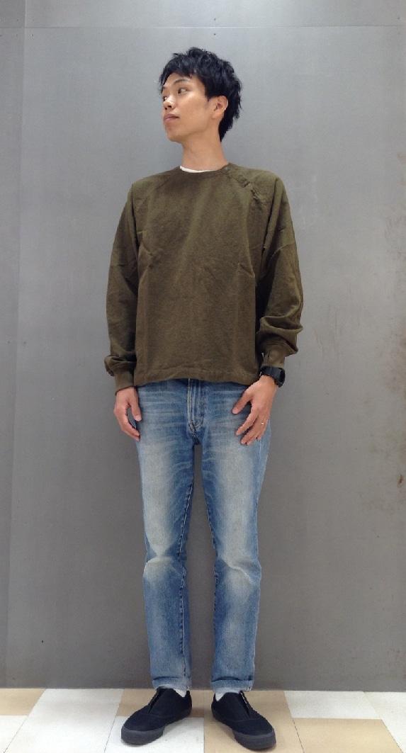 キービジュアル画像:紳士服:オススメ商品・フランネルプルオーバーリブ付きシャツ