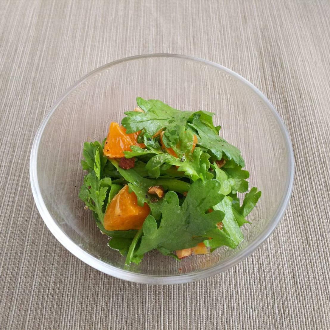 春菊とみかんのサラダ あしたのキッチンカウンター