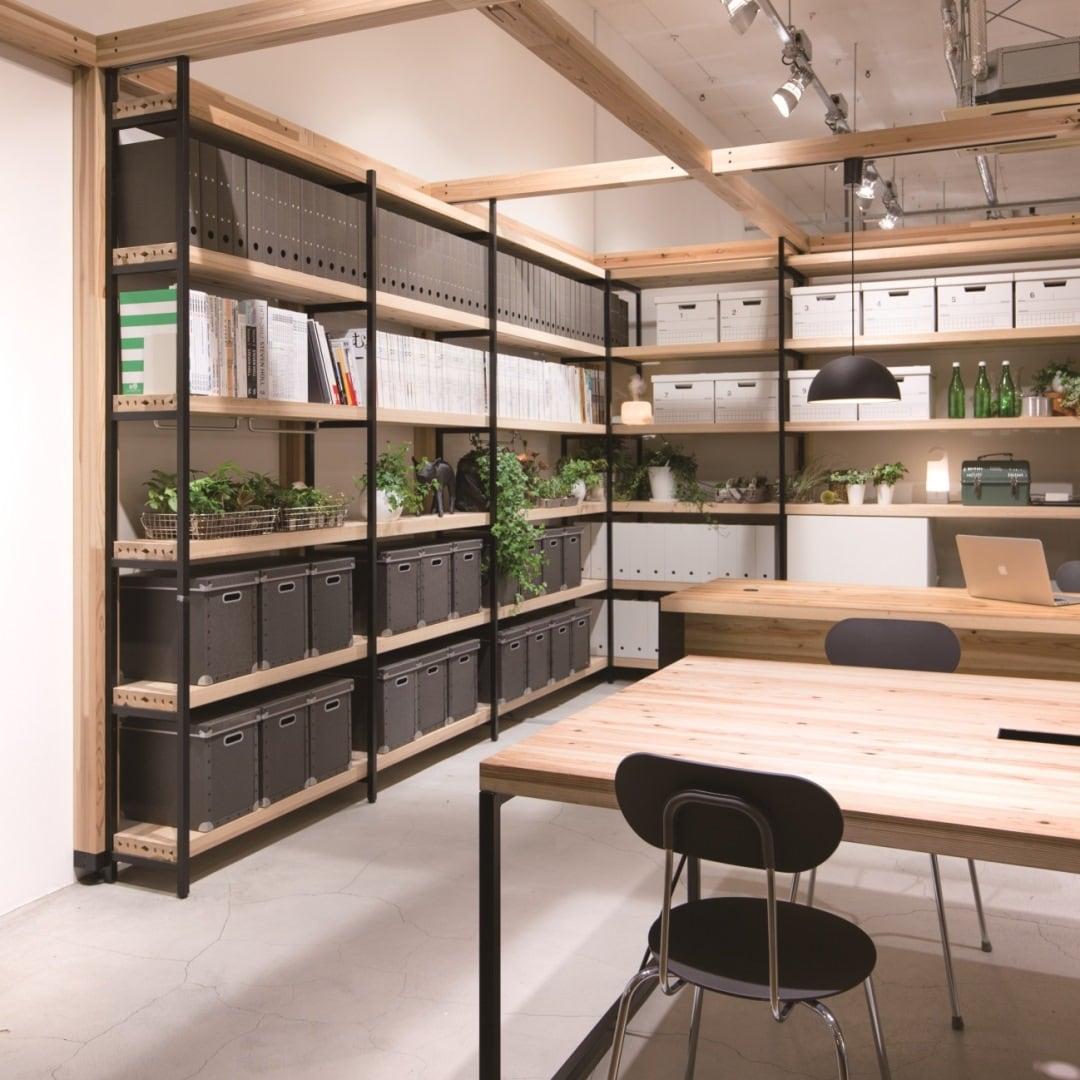 キービジュアル画像:無印良品の法人サービス、日本の木でできた家具|店舗サービス