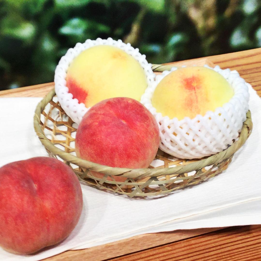 キービジュアル画像:桃が入荷しました。 1F食品売場