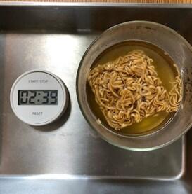 【明石ビブレ】#02夏休みごはんにおすすめレシピ::「チキン味 ミニレーメン」