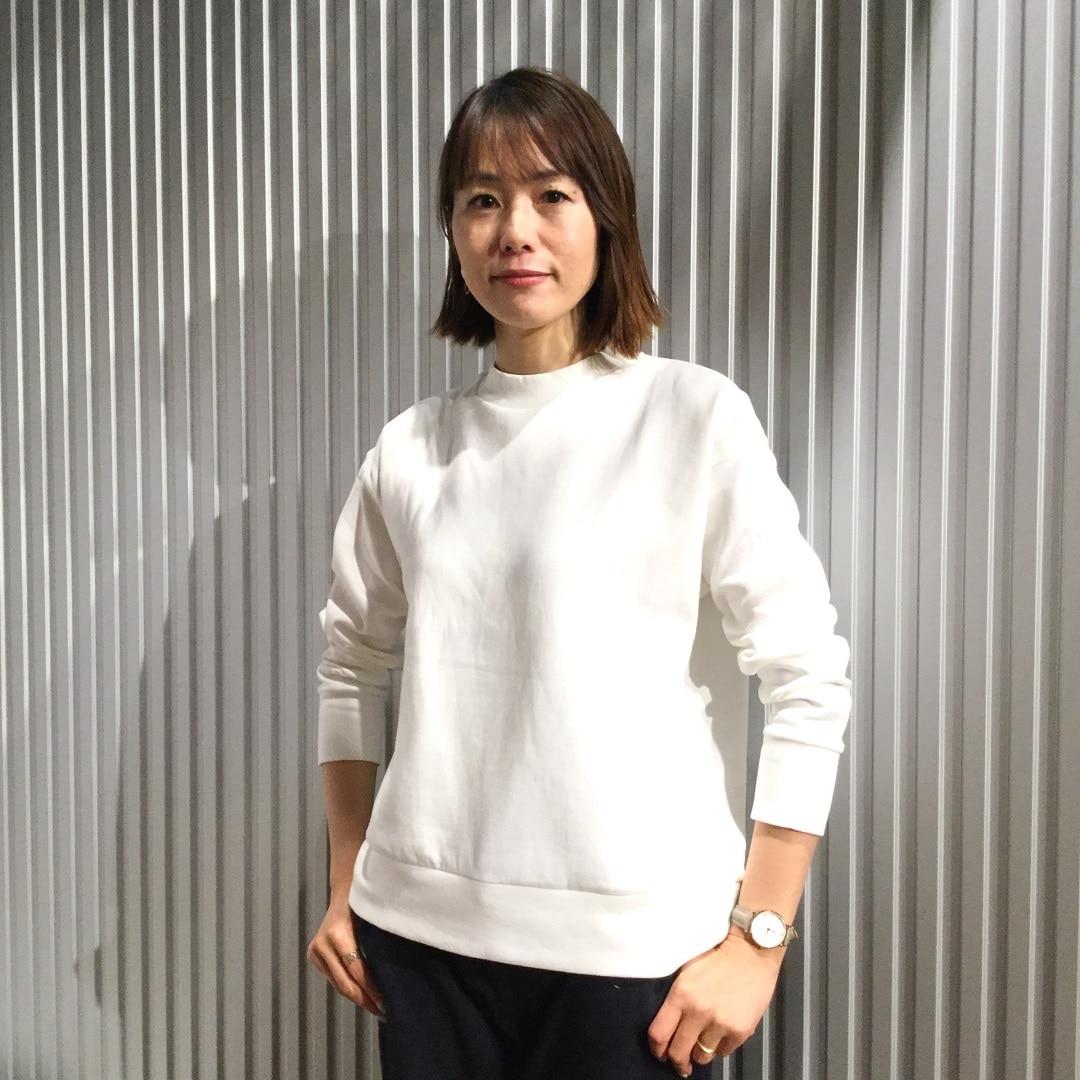 【MUJIキャナルシティ博多】プルオーバー白