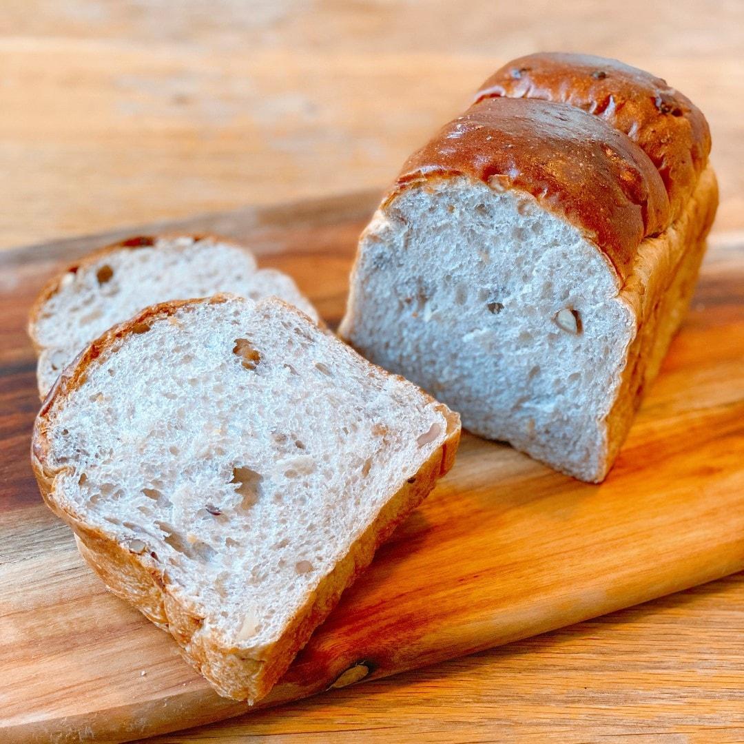 ベーカリー|くるみ食パン