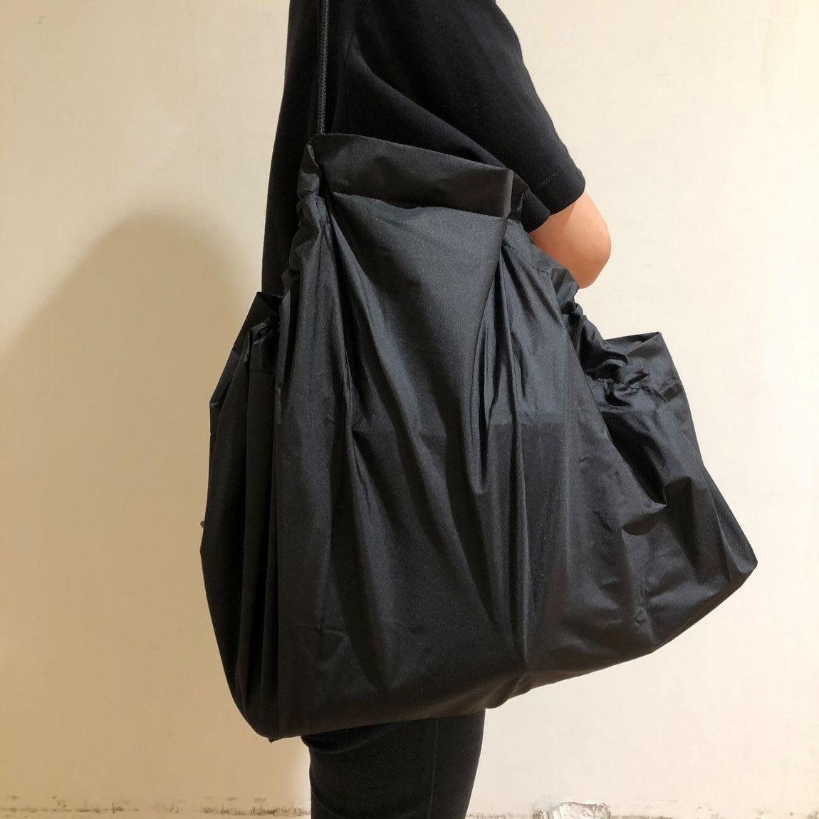 【セレオ八王子】絞るだけで包めるポケッタブルバッグ