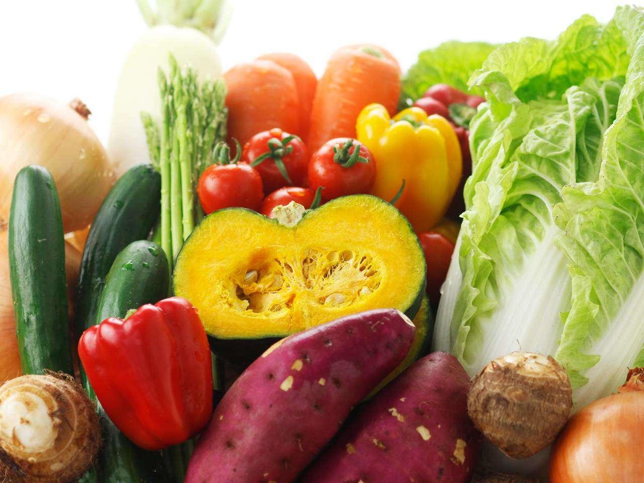 キービジュアル画像:水と土壌の豊かな大地で育つ濃い野菜