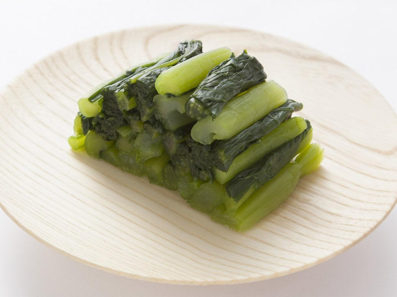 キービジュアル画像:歴史ある、山間の自然の中で作った野沢菜です。